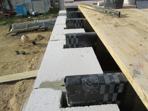Пример крепления деревянных перекрытий
