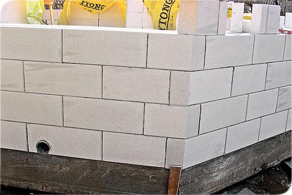 Газосиликатная кладка стен