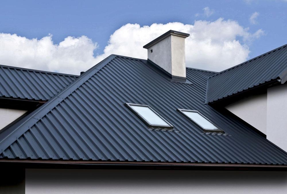 Крыша выполненная из профилированного листа