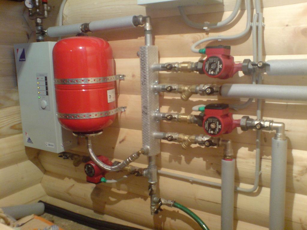 Система насосов для водоснабжения дома