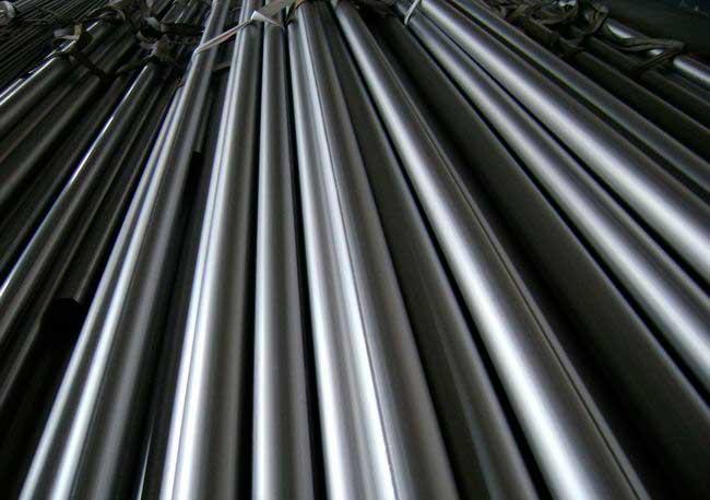 Водопровод из стальной трубы