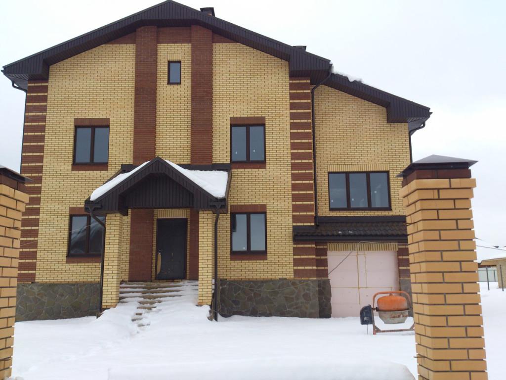 Готовый кирпичный дом под продажу