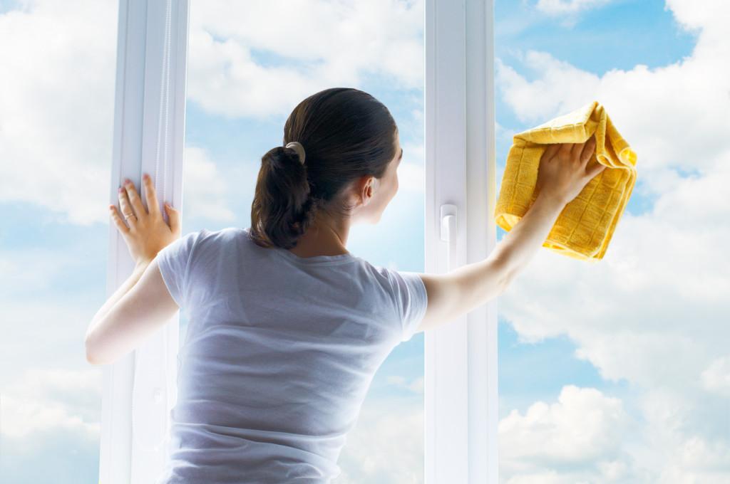 чистые окна из пластика
