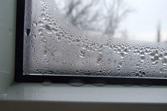 Уплотнитель протекает у окна